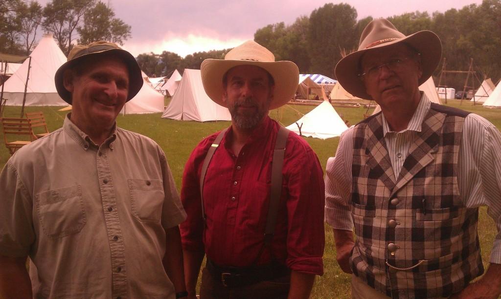 Tom Ray (center) with Mors Kochanski (left) and David Wescott at Woodsmoke 2012