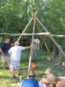 Here is a picture of the structure Tim Smith built at Woodsmoke 2012.  (click to englarge)