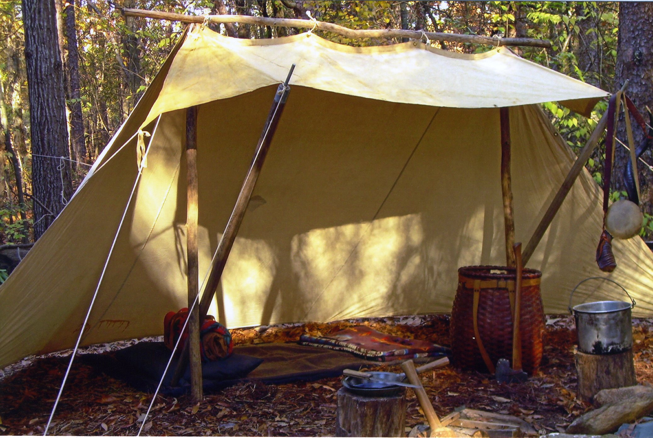 Whelen Lean-To. Photo Steve Watts David Wescott & In Praise Of The Whelen Lean-To by Steven M. Watts | Master Woodsman