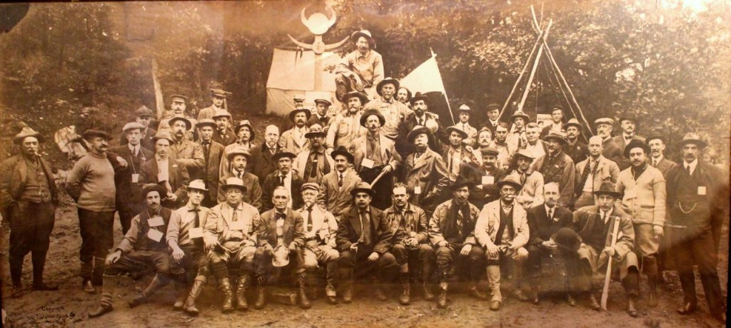Camp-Fire Club of American Outing 1910